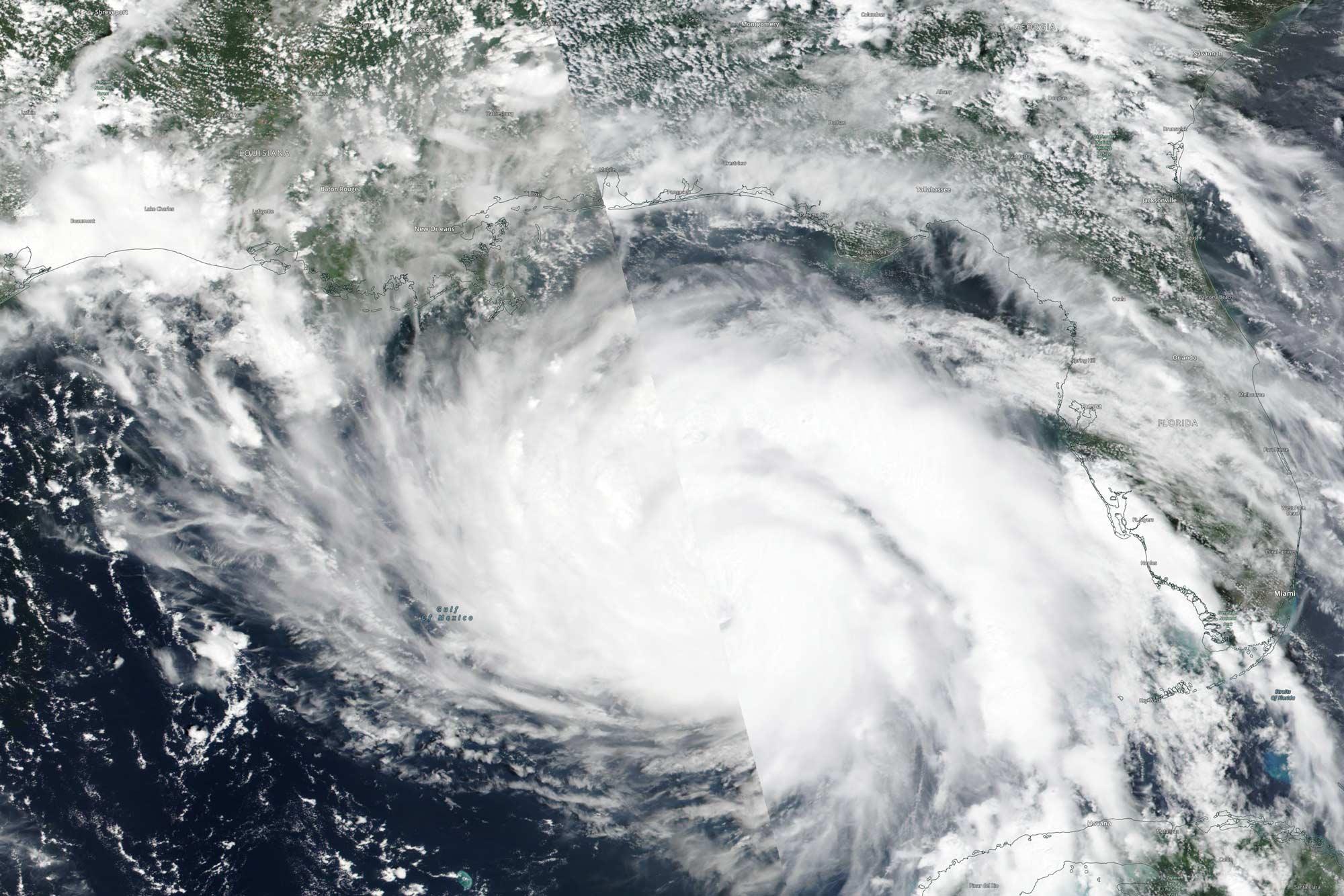 web-08-29-21-Hurricane-Ida-Satellite